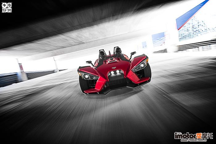 2017-Polaris-Polaris-Slingshot-SL3-small.jpg