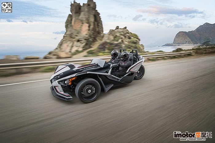 2017-Polaris-Slingshot-SLR2-small.jpg