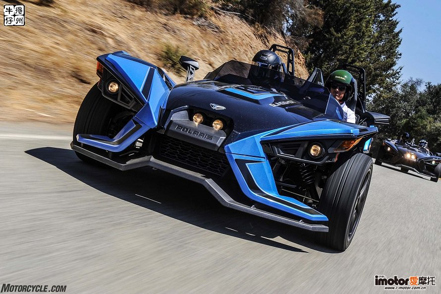 082917-2018-polaris-slingshot-slr-cropped-DSC_7538re-2.jpg