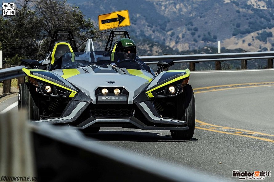 082917-2018-polaris-slingshot-slr-se-cropped-DSC_6860re-2.jpg